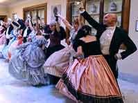 Balli e costumi d'Epoca renderanno la mattina divertente e suggestiva